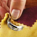 Como limpar joias e bijuterias
