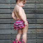 menina com salto