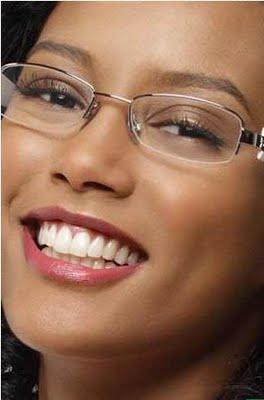 Maquiagem para quem usa Óculos - Nada Frágil 0a0b47cf3d