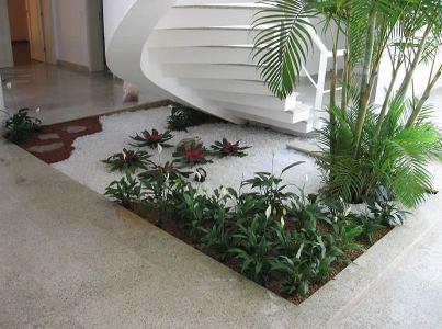 Jardim de inverno com deck 1 for Decoracion de gradas internas