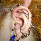Piercing no tragus da orelha