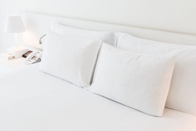 travesseiro alto