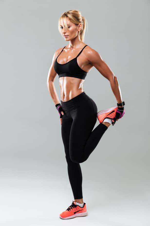 Mulher fazendo exercicios