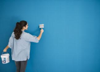 mulher pintando