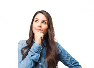 mulher pensando