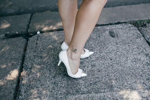 Tatuagem na perna: Como escolher, dicas e inspirações