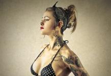 tatuagem na costela