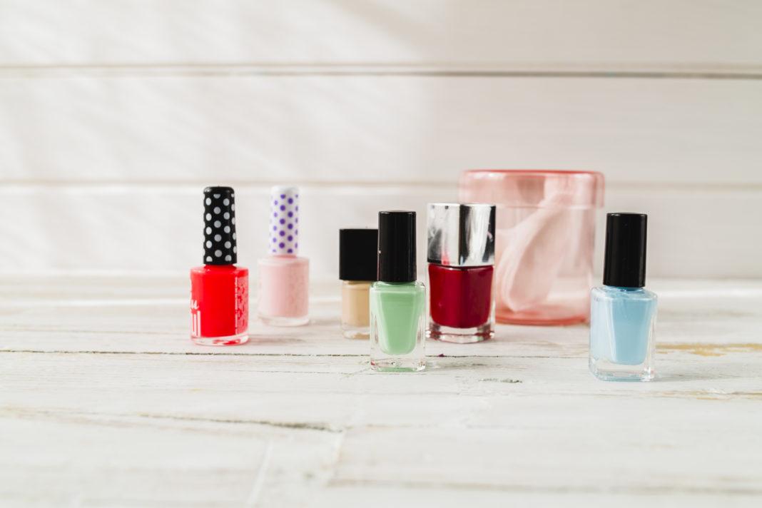 vidros de esmalte coloridos