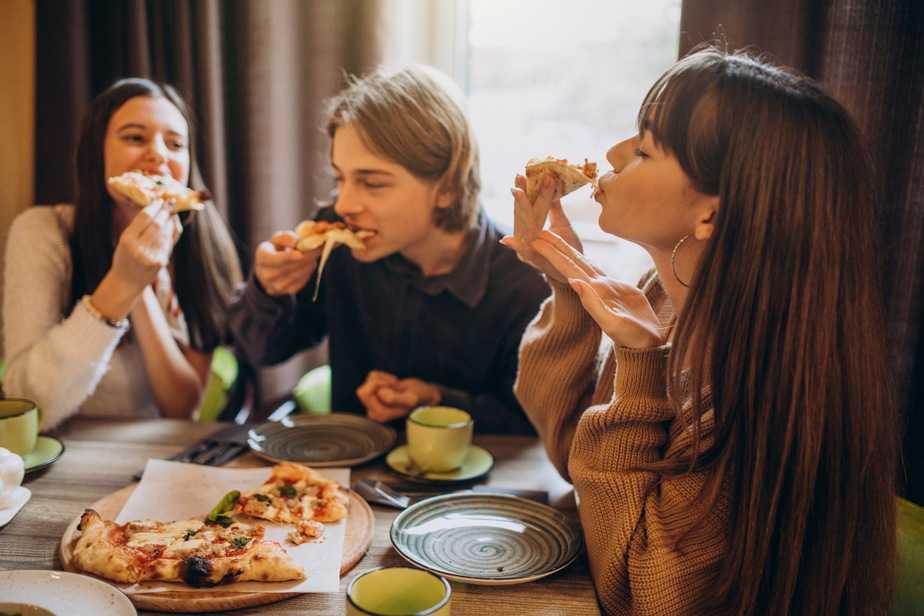 Quais alimentos evitar no verão 2021