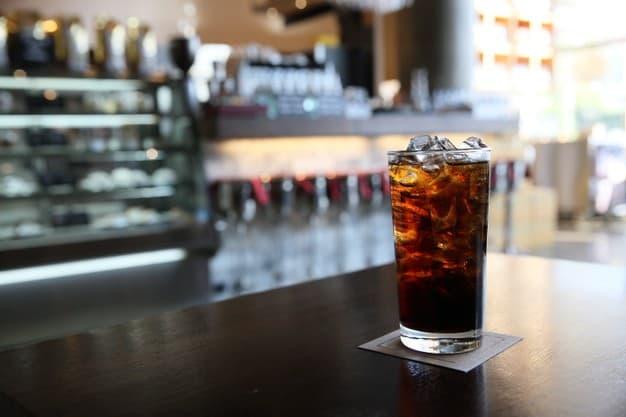 bebida gaseificada refluxo gastroesofágico refrigerante