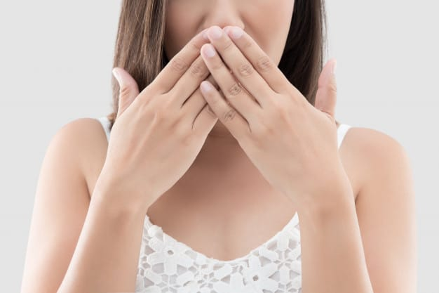 mau hálito halitose como evitar principais causas