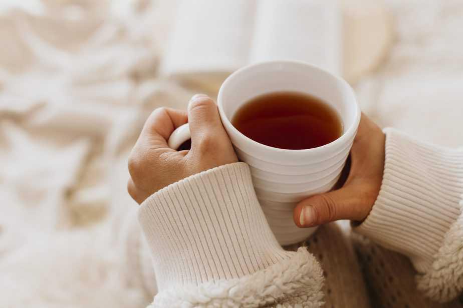 chás para dormir xícara quente