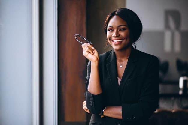 mulher de negócios bem-sucedida
