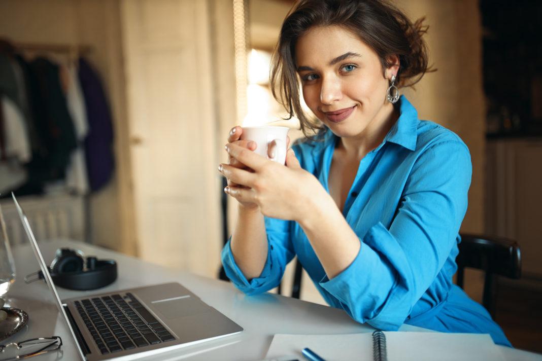 Dicas de moda para reuniões online