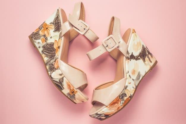 par de calçado feminino 2021 anabela