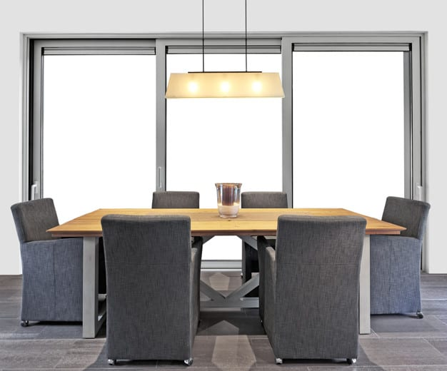Pendentes na sala de jantar iluminação natural